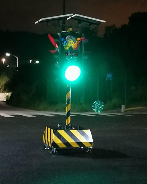 智能交通信号灯厂家直销