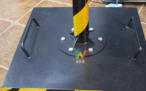 灯杆与推车安装.jpg